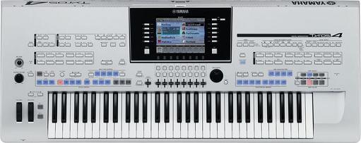 Yamaha Tyros 4 arranger keyboard