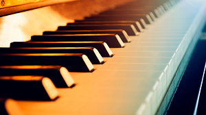 Piano Chords Course - How to Form Basic Chords on Piano and Keyboard